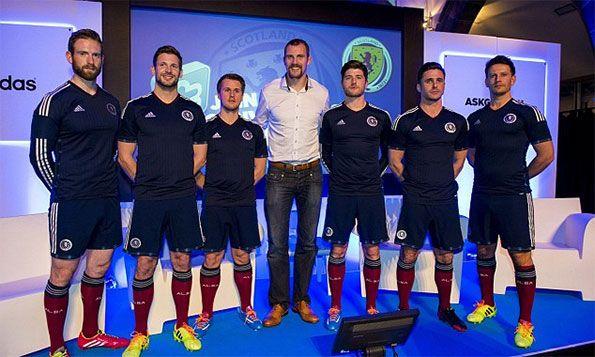 Presentazione maglia Scozia 2014-2015
