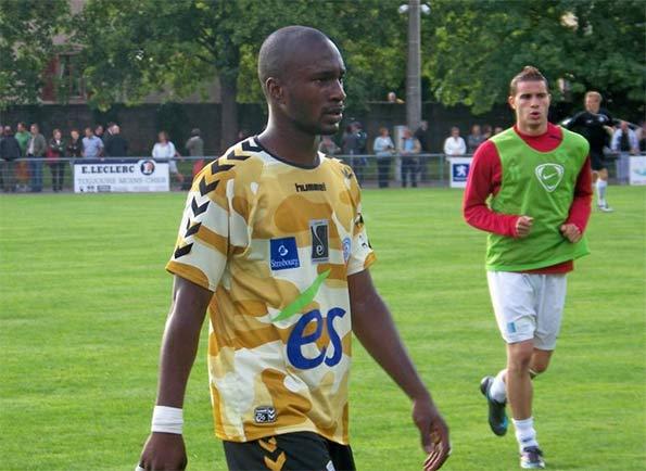 Terza maglia Strasburgo 2009-10 mimetica