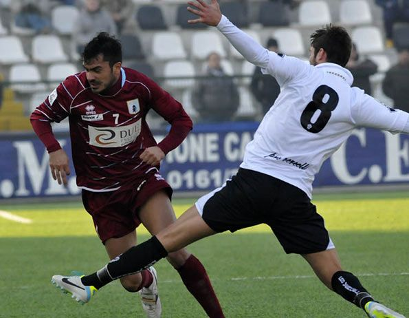 Prima divisa Pro Vercelli 2013-14