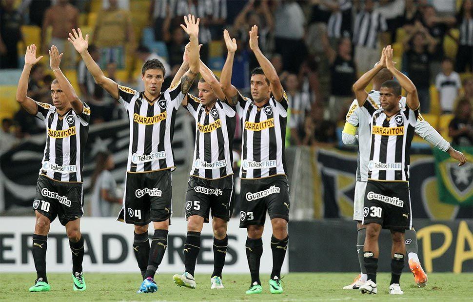 Botafogo kit home Puma 2014