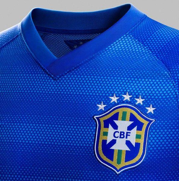 Dettaglio stemma CBF Brasile away 2014