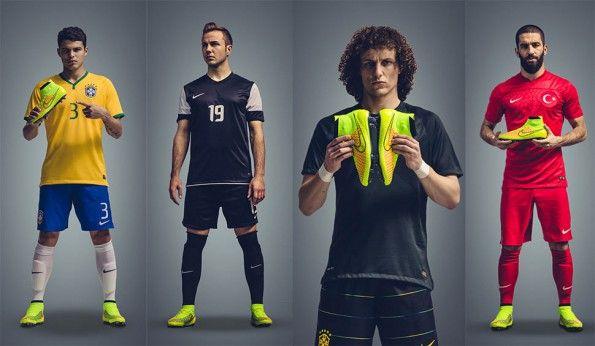 Calciatori testimonial Magista Nike