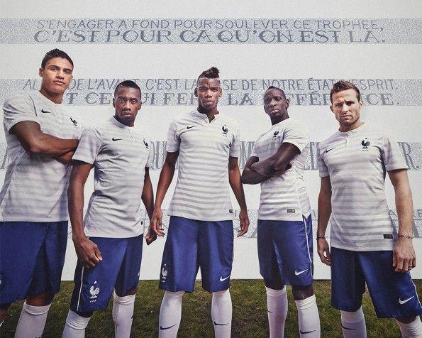 Varane, Matuidi, Pogba, Sakho, Cabaye divisa Francia away Mondiali 2014