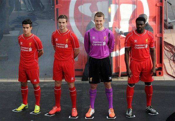 Presentazione Liverpool kit 2014-15