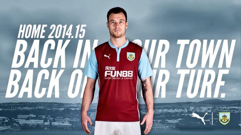 Burnley kit 2014-2015 Puma