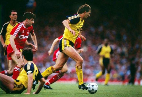 Arsenal, maglia away 1988-1989, Tony Adams