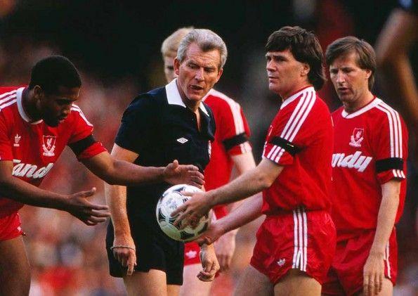 Liverpool-Arsenal, 1989, arbitro Hutchinson