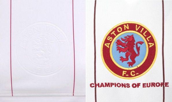 Stemma storico dell'Aston Villa embossato sulla maglia da trasferta dell'Aston Villa 2014-2015