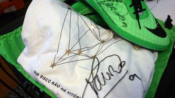Scarpe t-shirt autografate Icardi
