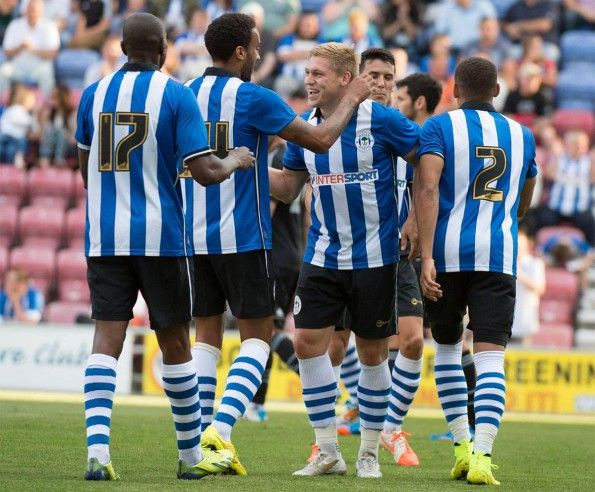 Divisa casalinga Wigan Athletic 2014-2015