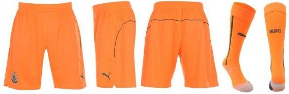 Pantaloncini calze portiere Newcastle arancioni 2014-15