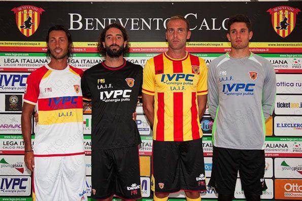 Maglie Benevento 2014-2015 presentazione