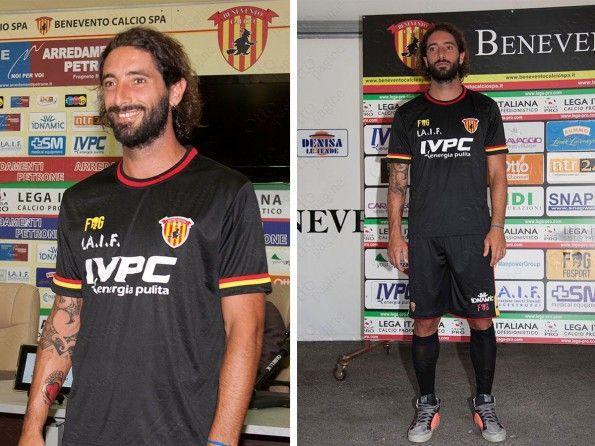 Terza maglia Benevento 2014-2015