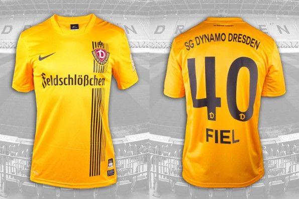 Prima maglia Dinamo Dresda 2014-2015