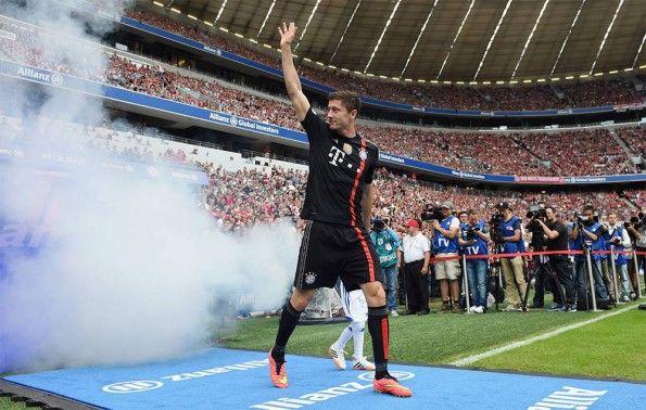 Lewandowski terza maglia Bayern Monaco 2014-2015