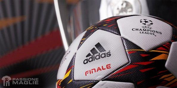 Particolare pallone Finale 14 Champions League 2014-2015