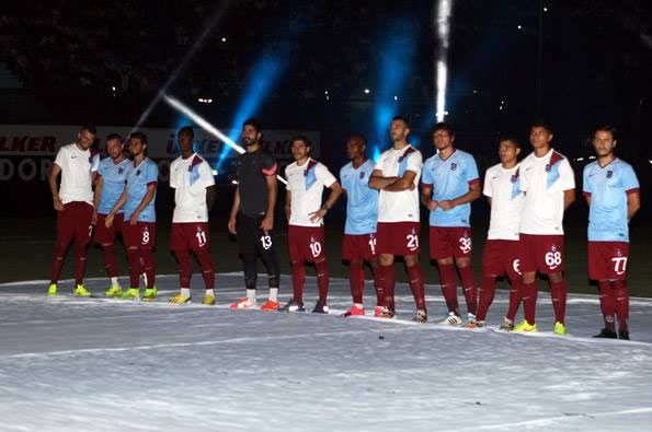 Presentazione kit Trabzonspor 2014-2015