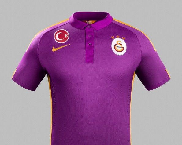 Terza-maglia-Galatasaray-2014-2015
