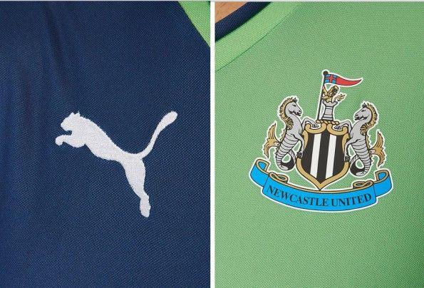 Dettagli terza maglia Newcastle verde-blu