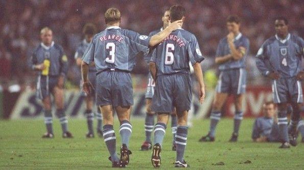 Inghilterra eliminata Europei 1996