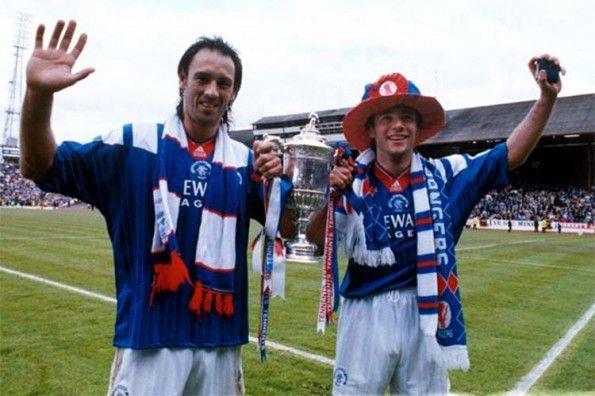 Hateley e McCoist con la Scottish Cup del 1992-93