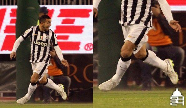 Carlos Tevez (Juventus) scarpini Nike Tiempo Legend V