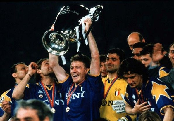 Deschamps alza la Champions League 1995-1996