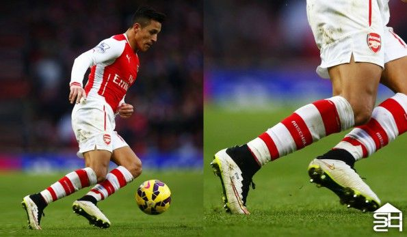 Sanchez (Arsenal) Nike Mercurial Superfly IV Shine