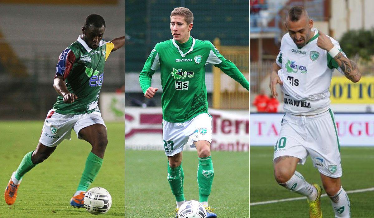 Kit Avellino 2014-2015