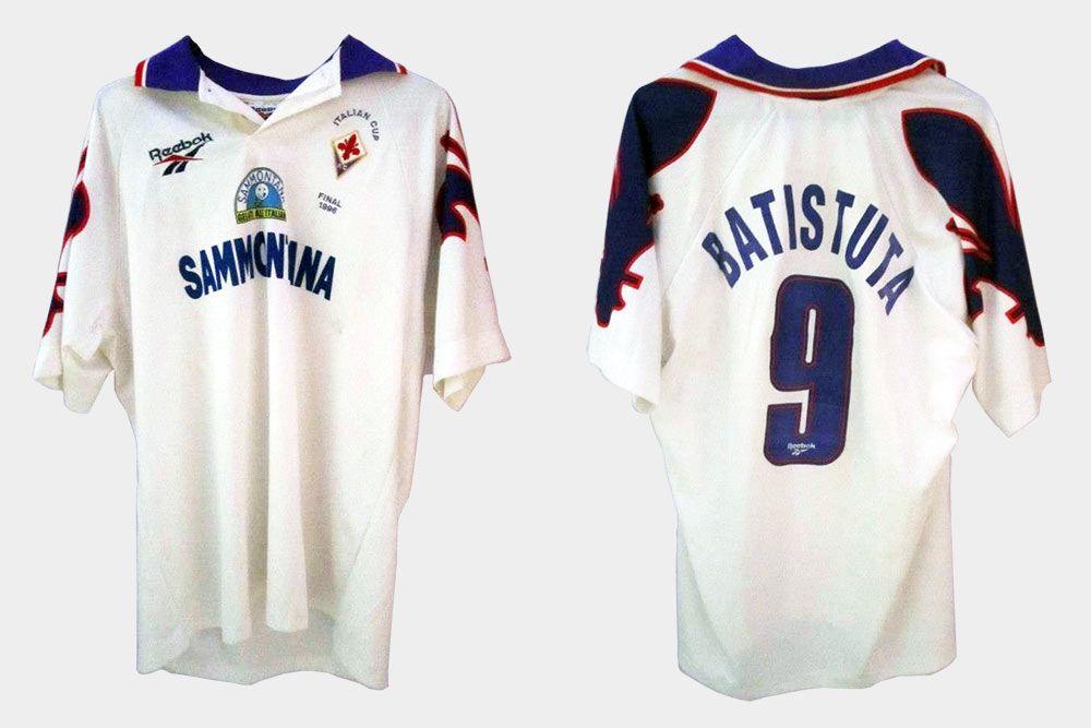 La firma di Reebok sulle maglie della Fiorentina 1995-1997