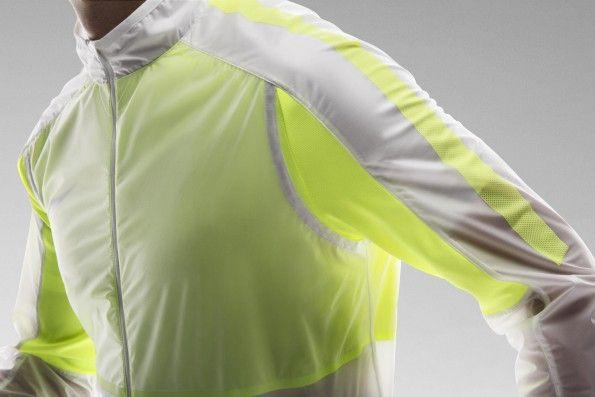 Dettaglio Revolution Jacket Nike
