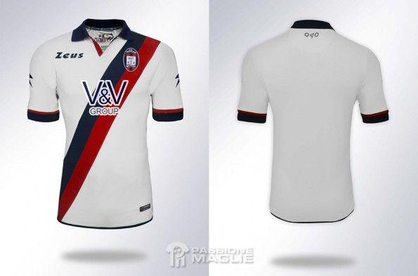 Seconda maglia Crotone 2014-2015