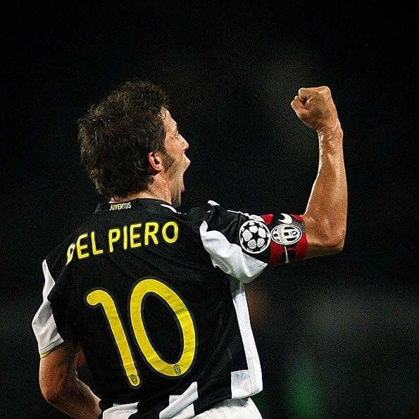 Juventus, maglia coppe 2008-2009 con riquadro nero