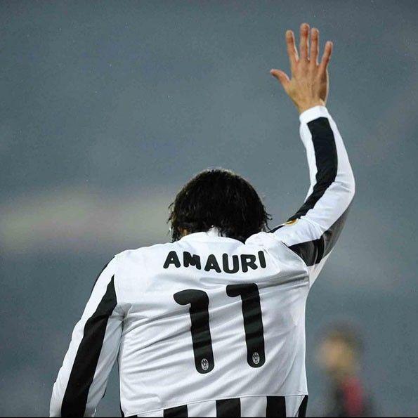 Juventus, maglia coppe 2009-2010 con riquadro bianco