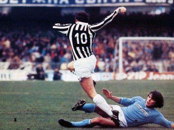 Liam Brady della Juventus, numerazione 1981-1982