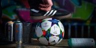 Pallone adidas Berlin Finale, street-art