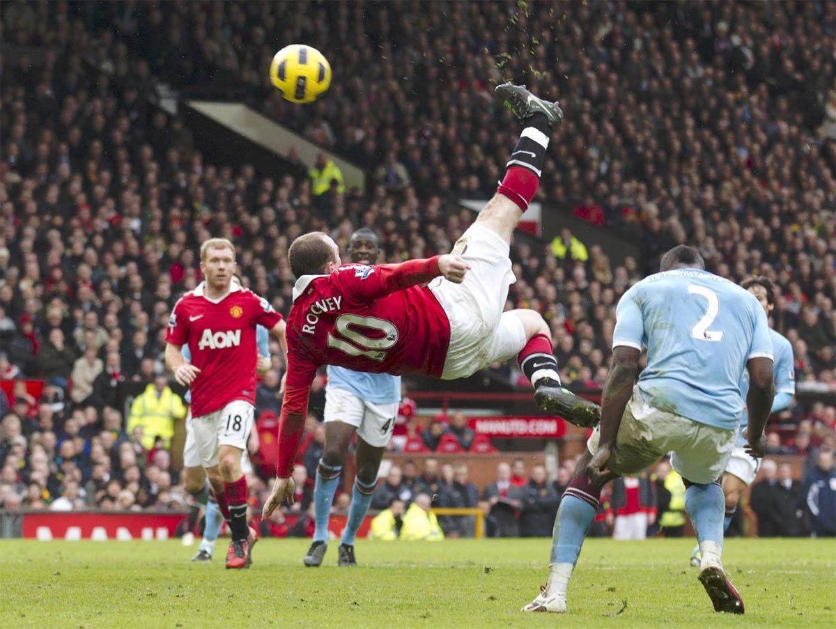 Rovesciata gol Rooney contro Manchester City