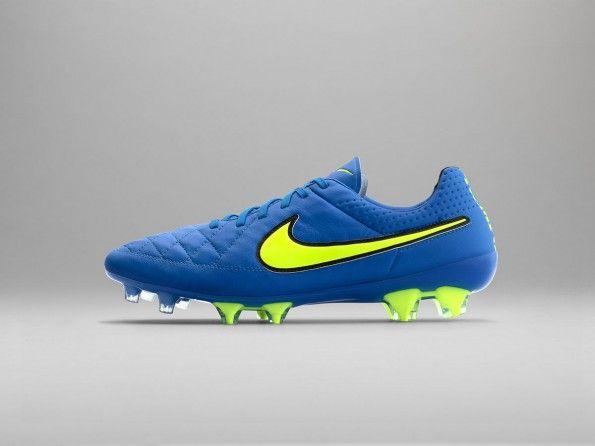 Scarpe Tiempo blu Highlight Pack Nike