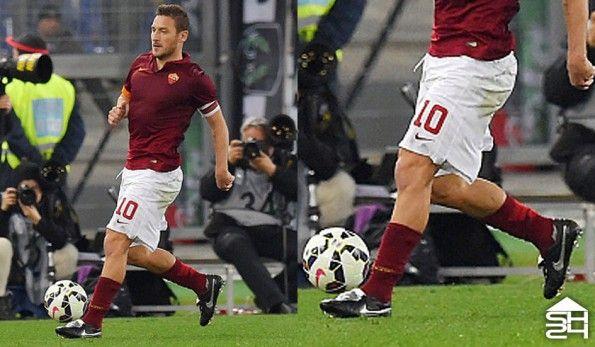 """Francesco Totti (Roma) - Scarpe Nike Tiempo Legend V Premium """"Totti"""""""