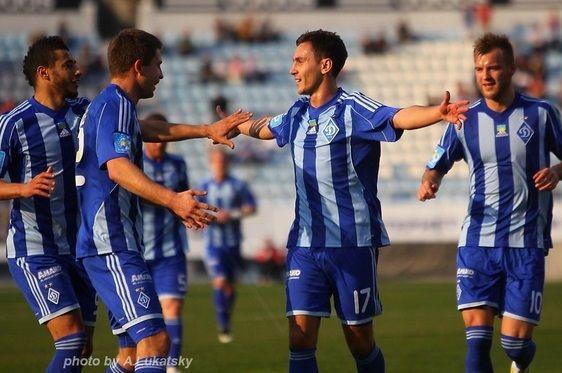 Seconda maglia Dinamo Kiev 2014-2015