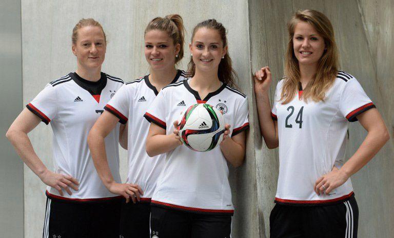 Presentazione maglia Germania femminile 2015