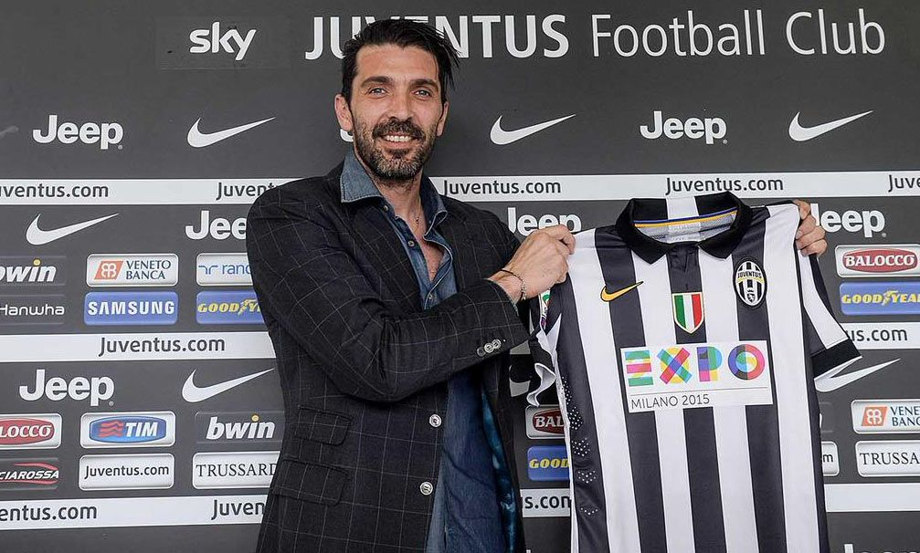 Logo EXPO sulla maglia della Juventus