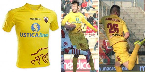 Terza maglia Trapani 2014-15