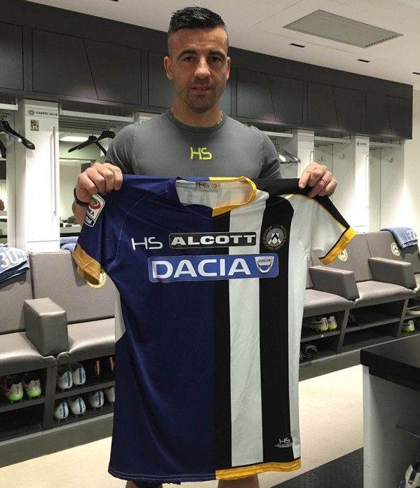 Maglia Udinese-Briganti Napoli divisa a metà