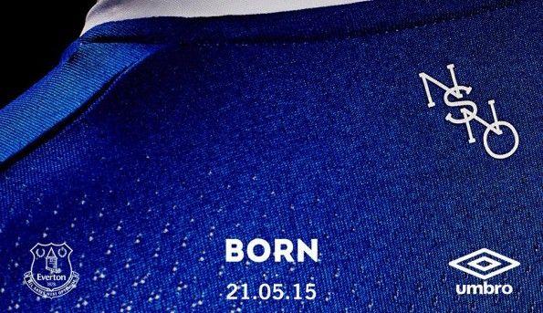 Particolare colletto Everton 2015-16