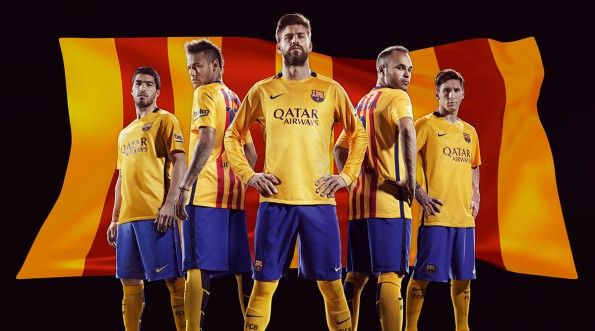 Divisa Barcellona away 2015-2016