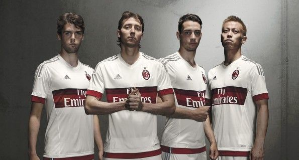 Presentazione kit away Milan 2015-2016