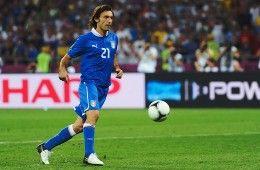 Pirlo con la maglia dell'Italia a Euro2012