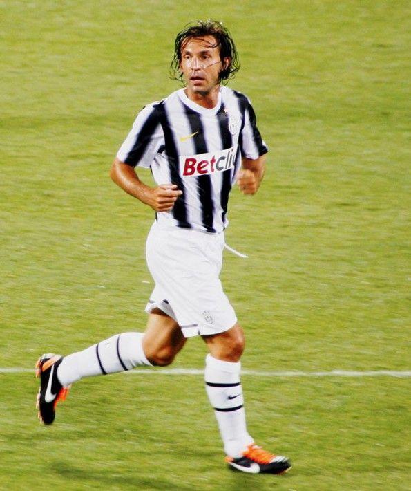Pirlo con la maglia della Juventus