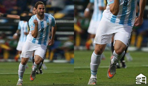 Gonzalo Higuain (Argentina) - Nike Hypervenom II Phinish